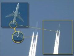 Queste foto, secondo i complottisti,bastano a giustificare tutta la teoria