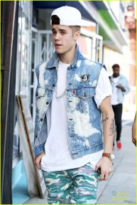 Justin Bieber spends time in Hollywood