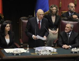 Giorgio Napolitano durante il suo tremendo discorso di insediamento per il secondo mandato.