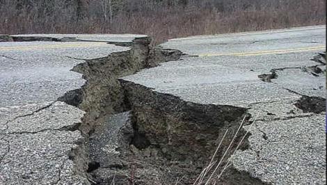terremoto crepa terreno