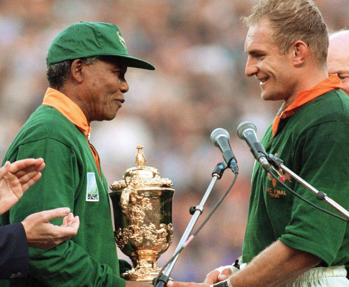 Nelson Mandela, la Coppa del Mondo del 1995 e l'inno nazionale