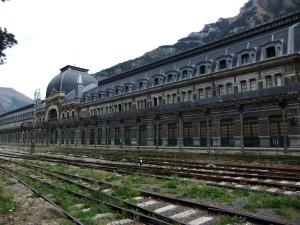 Stazione ferroviaria Canfranc, Spagna